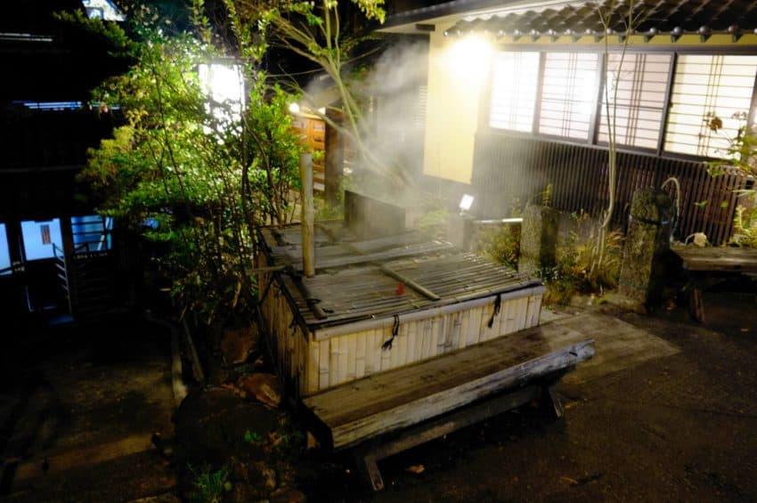 黒川温泉。顔湯。