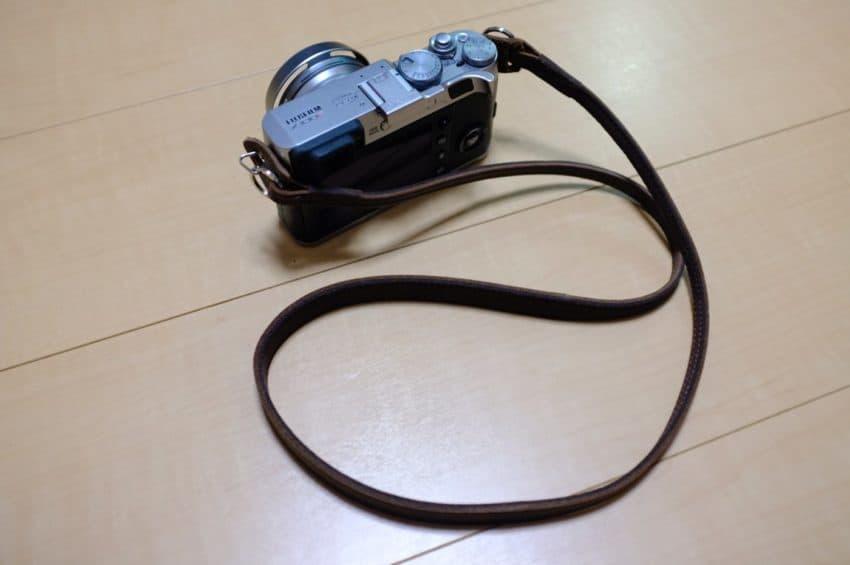 Barton1972 レザーカメラストラップ エッセンシャル