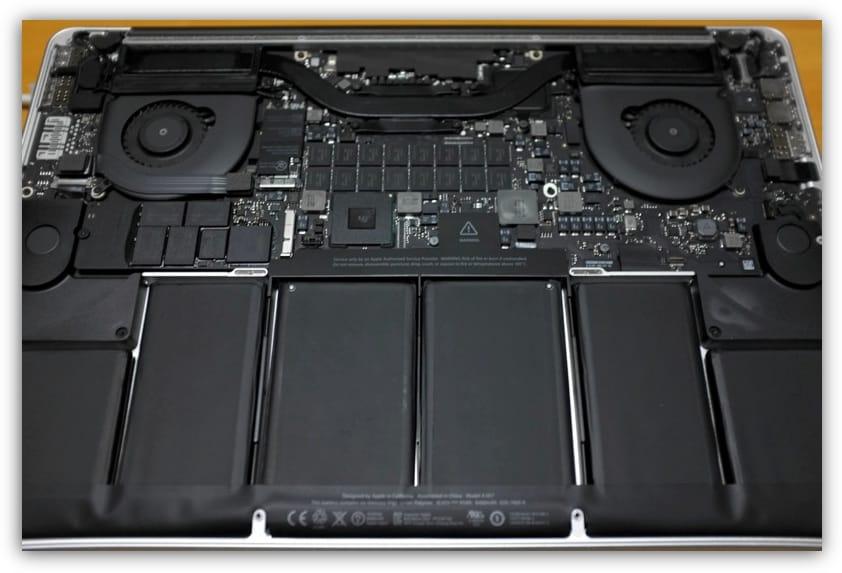 MacBook Pro 中身
